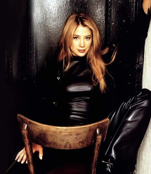 Mira-Sorvino-Wallpaper-3-mira-sorvino-464181_1024_768