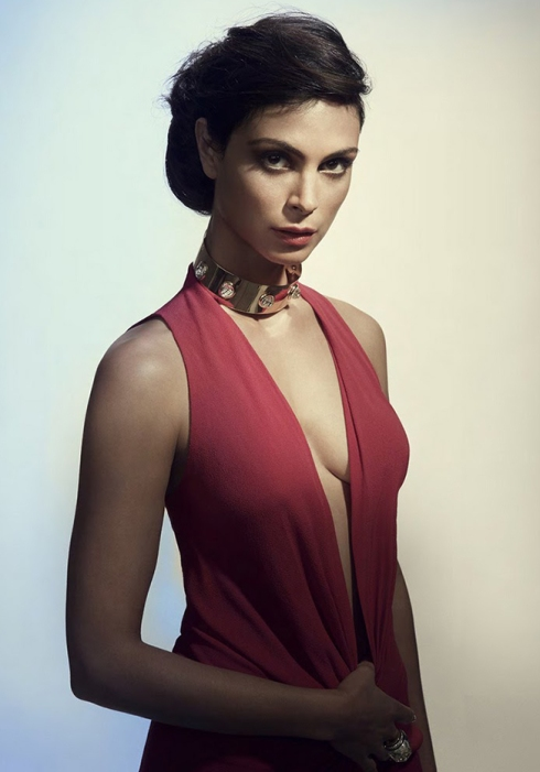 Morena-Baccarin-Photoshoot-by-Robert-Ascroft-2013-morena-baccarin-35411576-748-1000